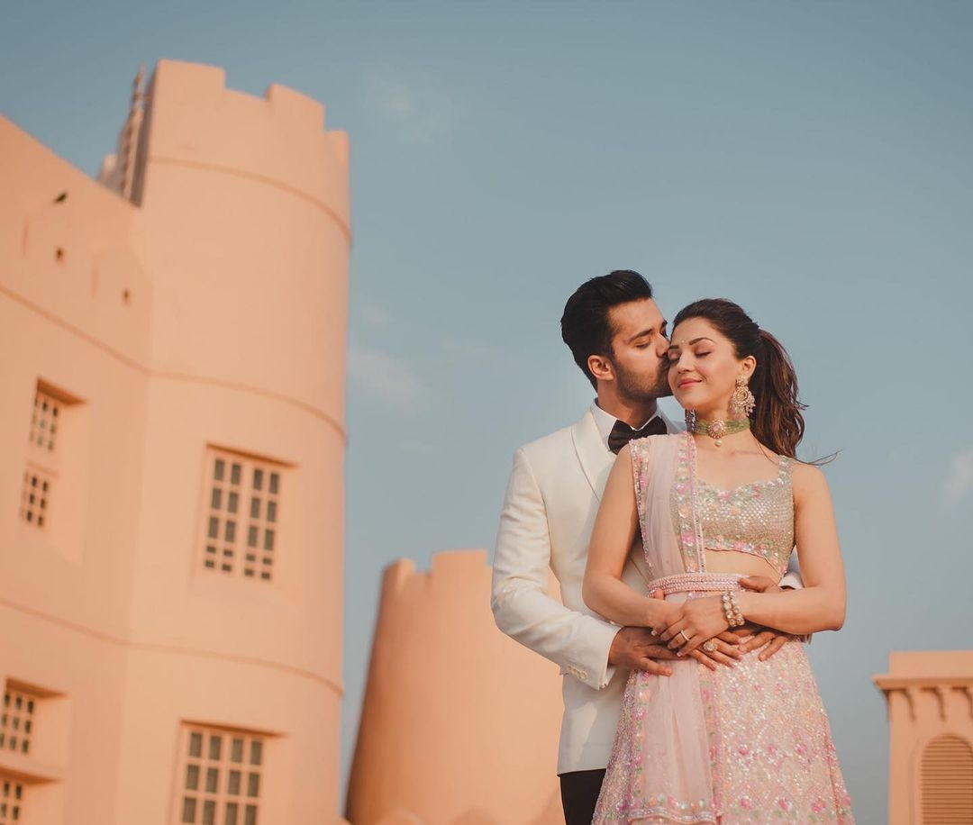 Mehreen pirzada in seema gujral for her post engagement shoot-4