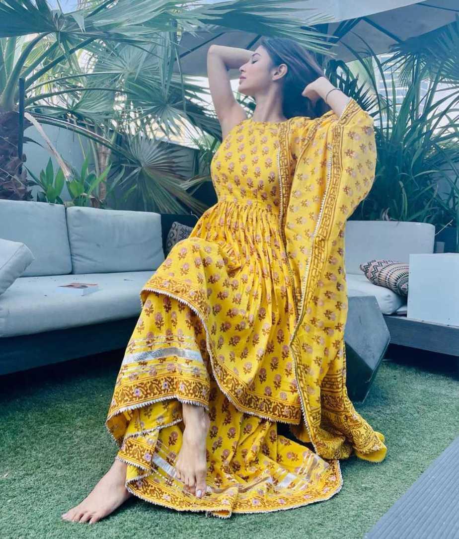 Mouni Roy in yellow sharara set by Aachho-3
