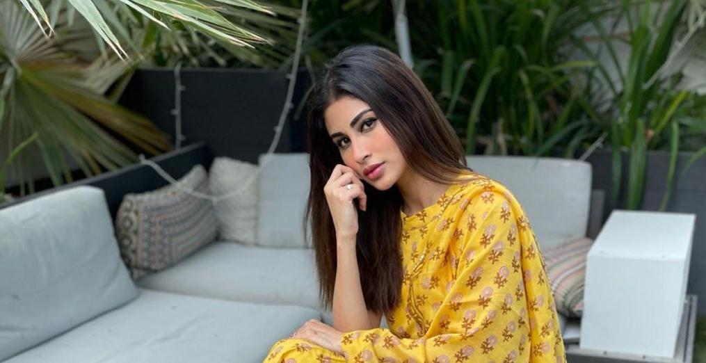 Mouni Roy in yellow sharara set by Aachho-4