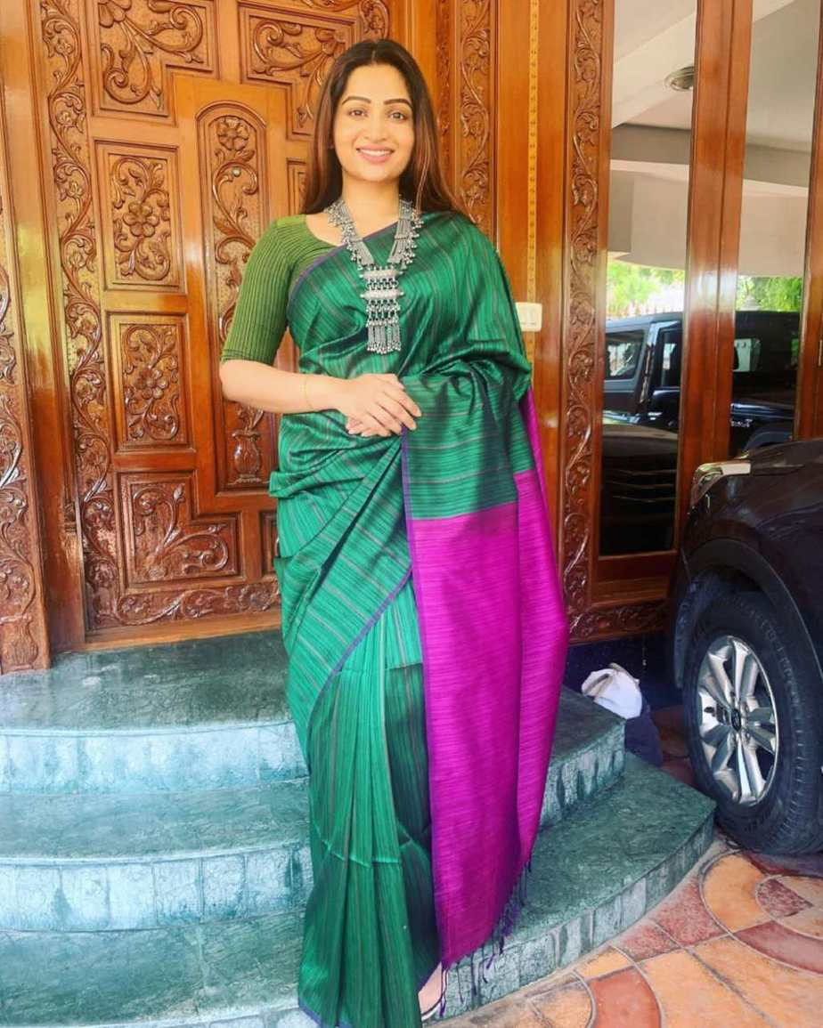 Nakshathra Nagesh in green saree by Shain-featured