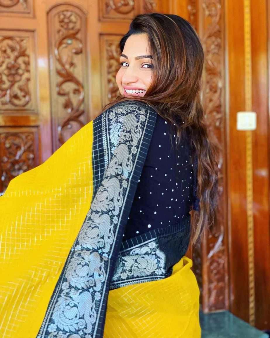 Nakshathra Nagesh in yellow saree by aishwaryam textiles-2