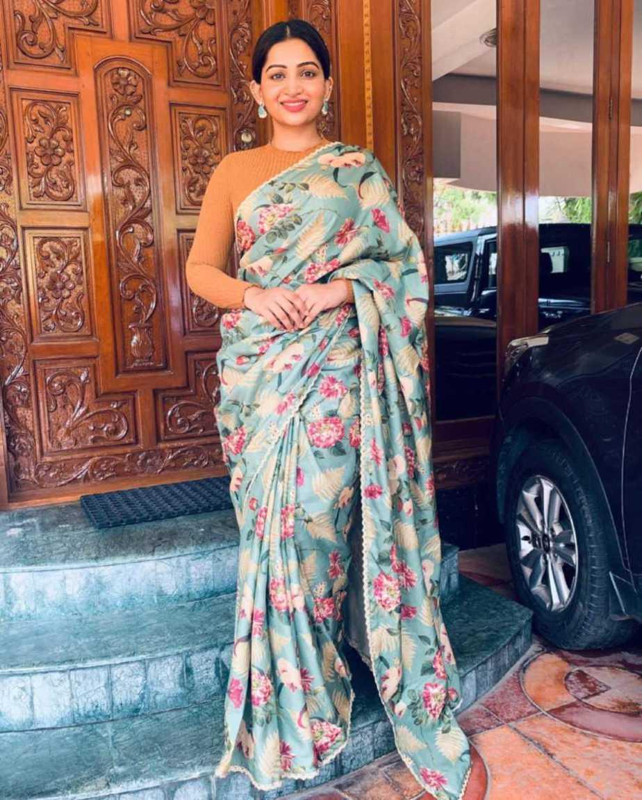 Nakshathra nagesh in the saree palette saree-1