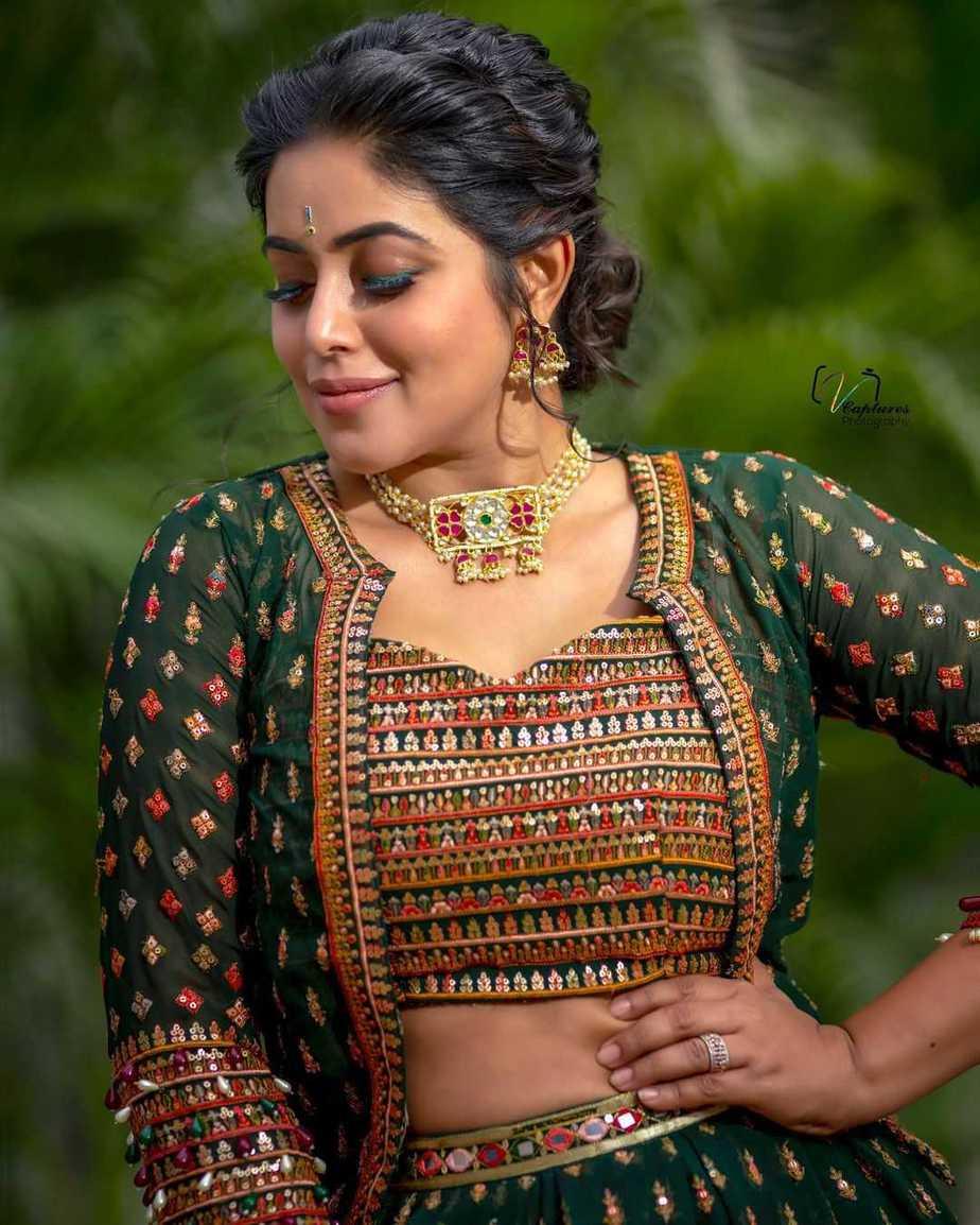 Poorna in a green lehenga set by Preesha-3