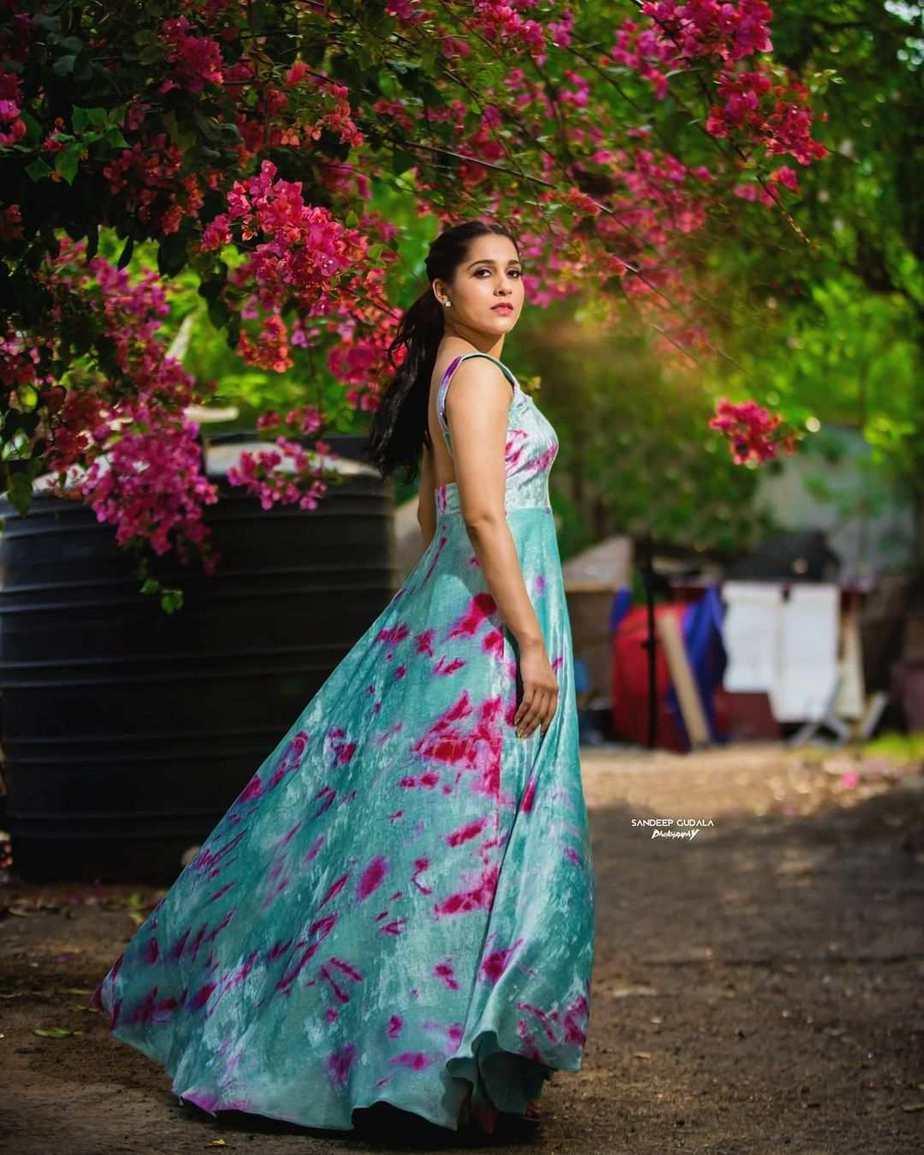 Rashmi Gautam in an aqua velvet gown by Duta Couture-2