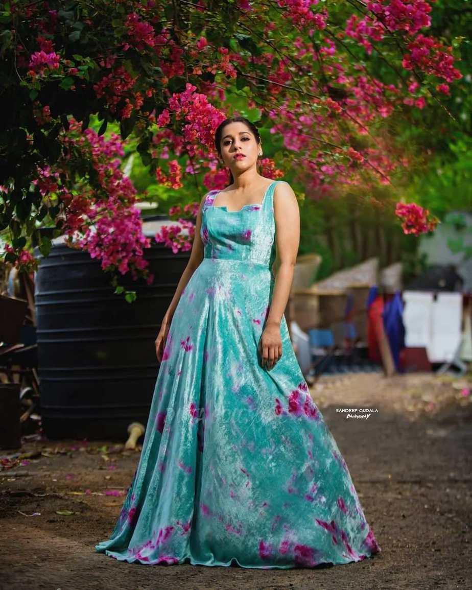 Rashmi Gautam in an aqua velvet gown by Duta Couture-1