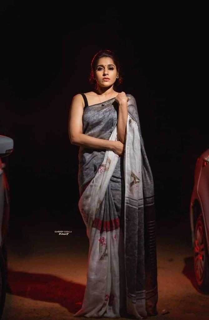 Rashmi Gautam in the linen store saree for dhee kings-1