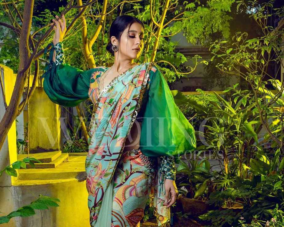Regina cassandra in pastel green saree by limerick for wedding magazine-2
