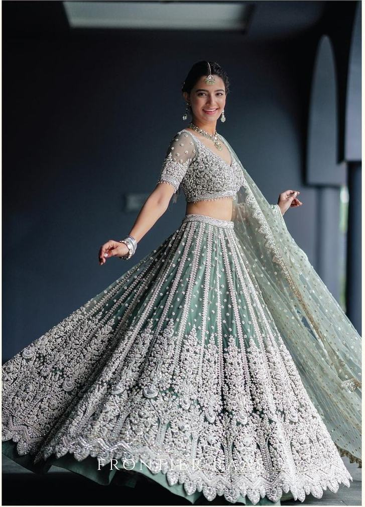 Rukhsar Dhillon in sage green lehnga by Frontier Raas for sister's wedding-2