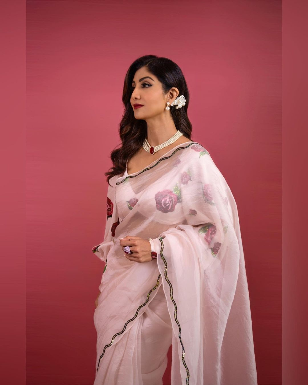 Shilpa Shetty in a blush pink saree by Prints for super dancer-1