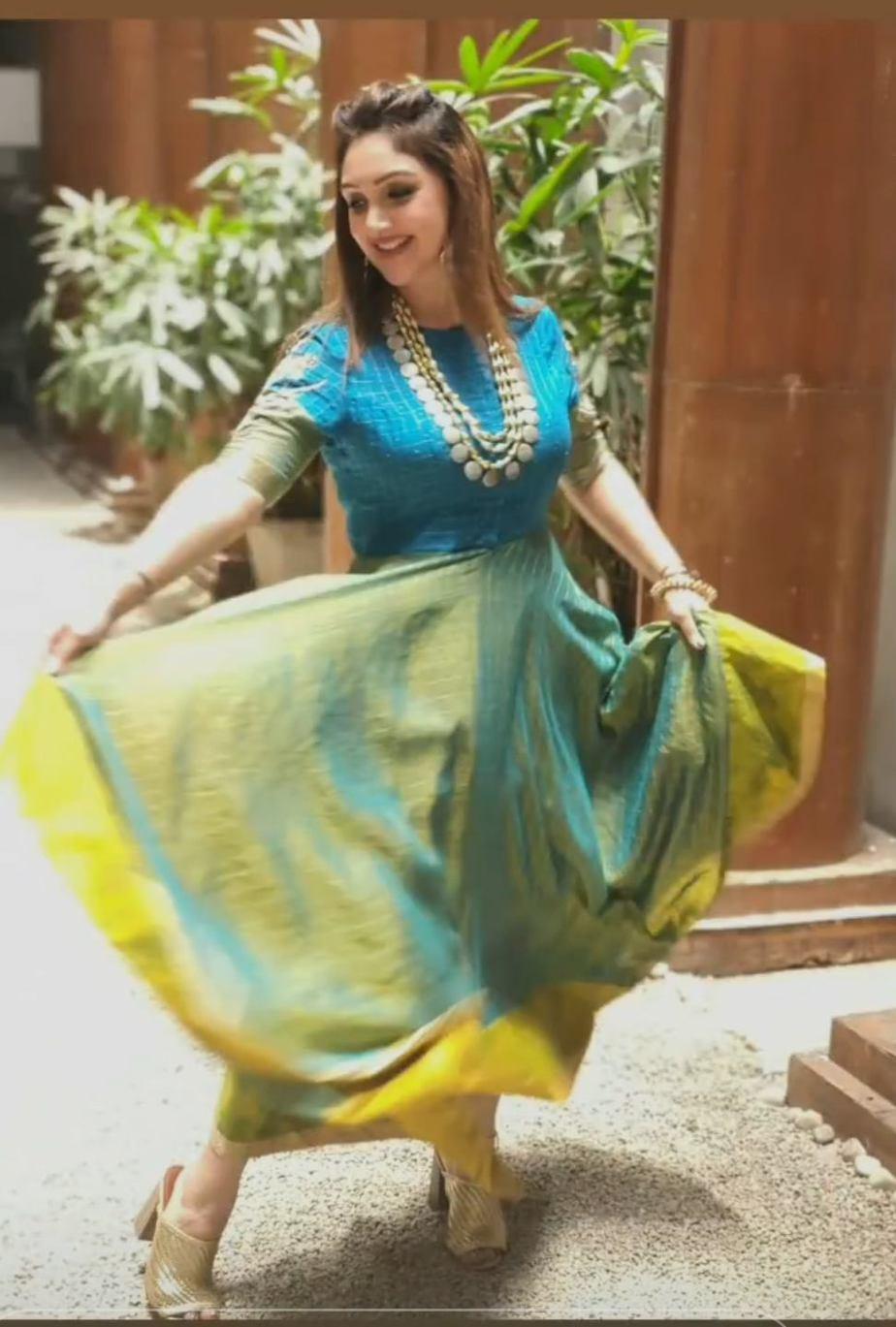 Sridevi vijaykumar in endless knot anarkali for comedy stars-4