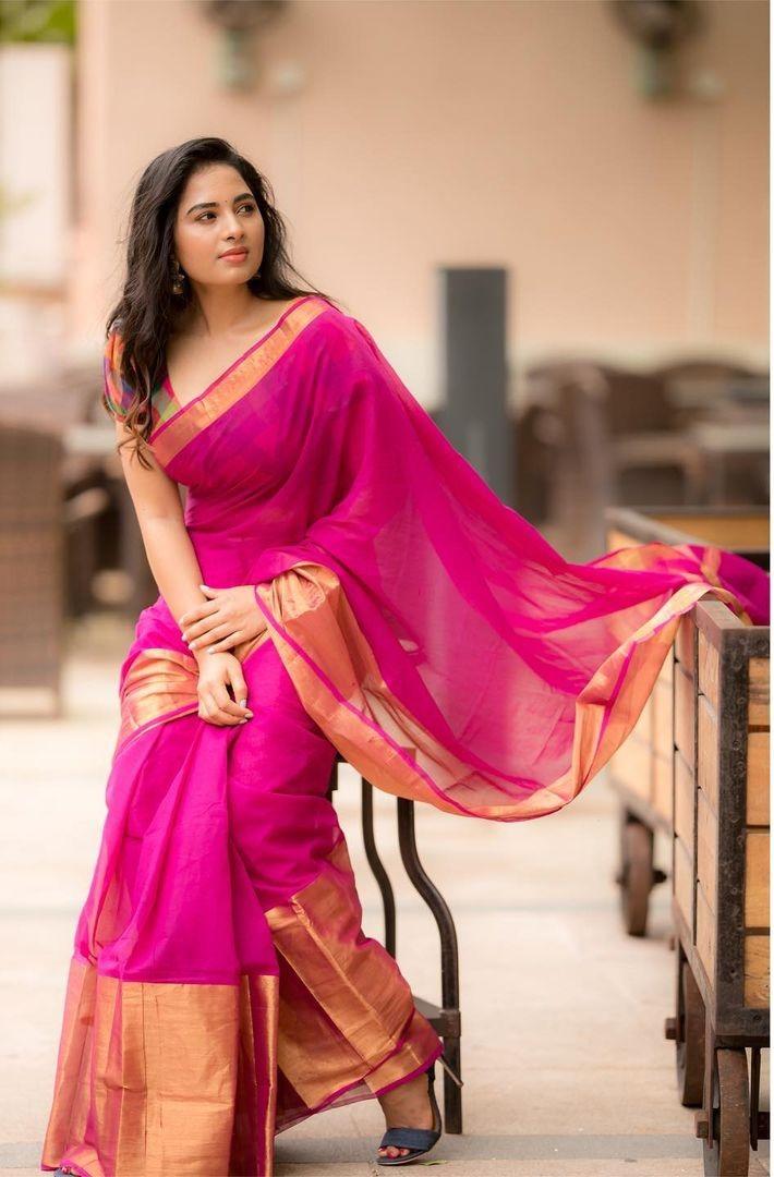 Srushti Dange in a pink saree by Unnati silks-2