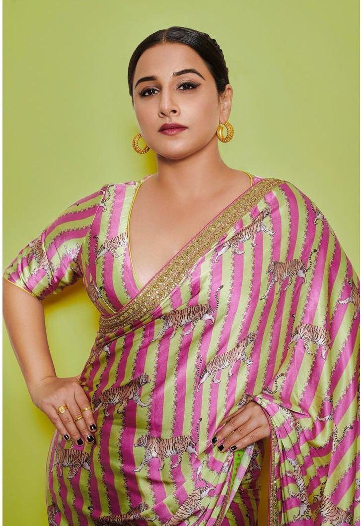 Vidya Balan in a pink Torani saree for Sherni promotions-4