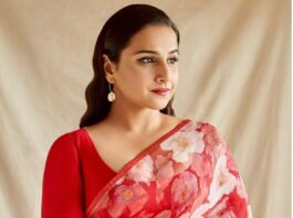 Vidya Balan in a red raw Mango saree for Sherni promotions-1