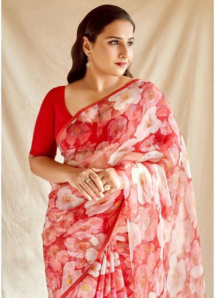 Vidya Balan in a red raw Mango saree for Sherni promotions