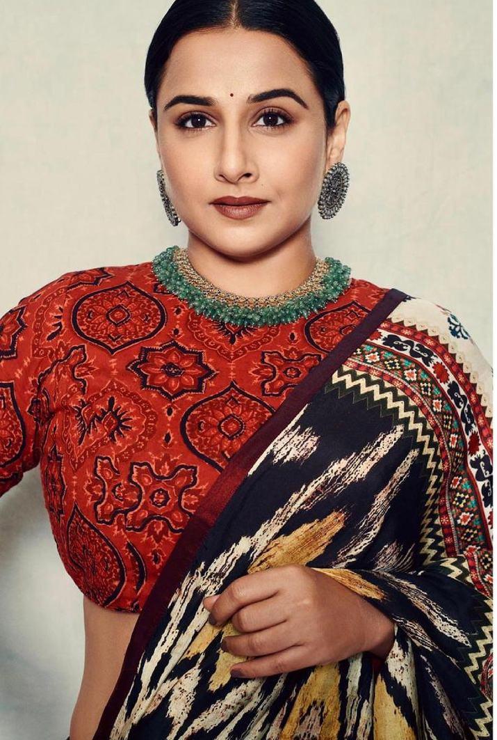 Vidya Balan in rajdeep ranawat saree for sherni-1