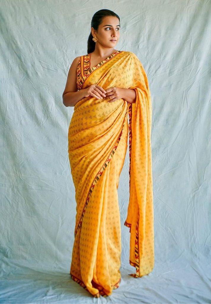 Vidya Balan in yellow saree by baise gaba for sherni promotions-1