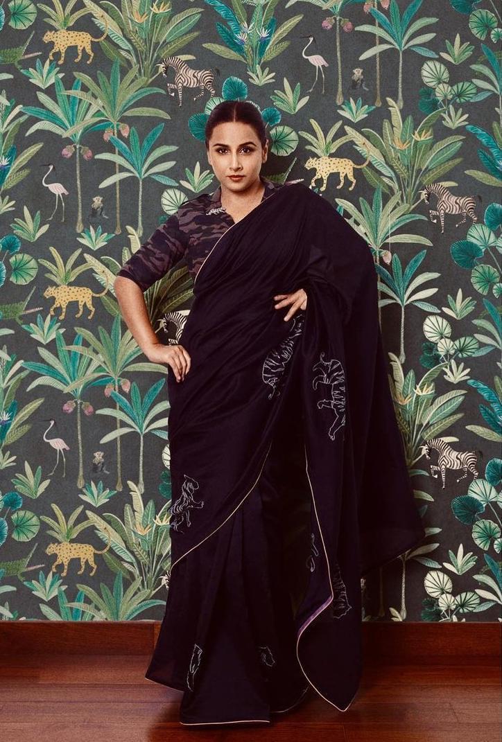 vidya balan in a black saree by Rouka for Sherni promotions!-1