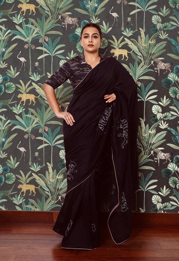 vidya balan in a black saree by Rouka for Sherni promotions!-2