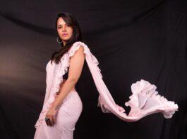 Anasuya Bharadwaj in peach saree by Vasavi couture for jabardasth