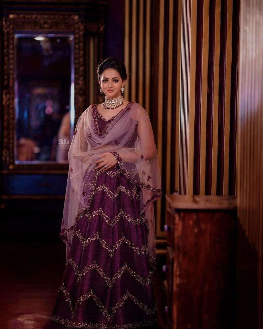Bhavana Menon in a purple lehenga by label m designs-2