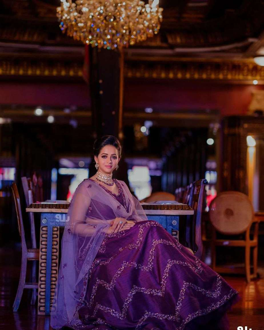 Bhavana Menon in a purple lehenga by label m designs-3