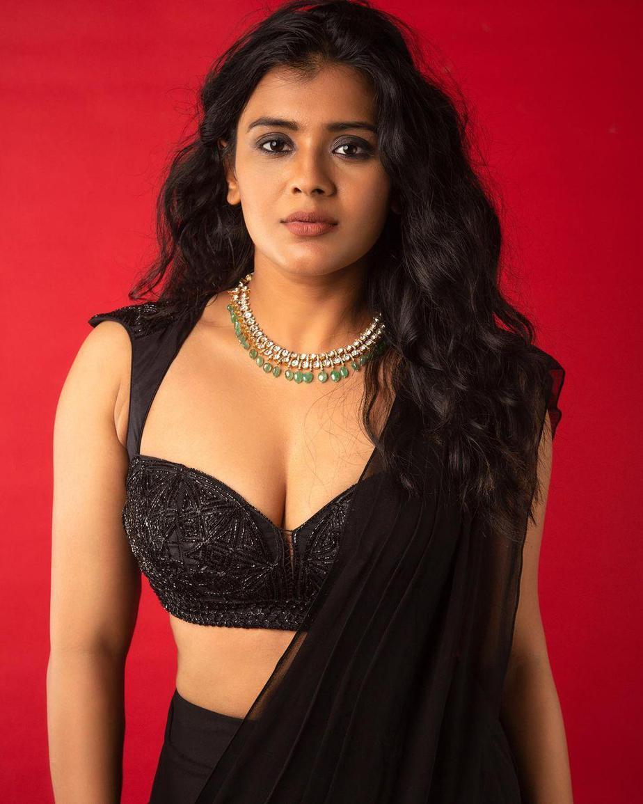 Hebah Patel in saree pant suit by Shashank Chelmilla-1