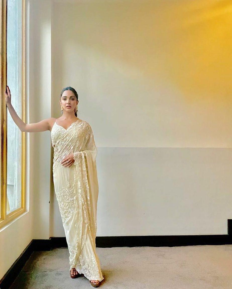 Kiara Advani in ivory saree by Premya for shershaah trailer launch-1