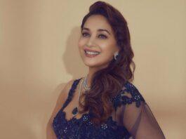Madhuri dixit in navy blue lehnga by sawan gandhi for dance deewane-2