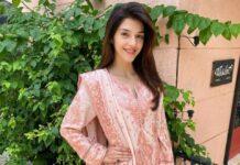 Mehreen Pirzada in a peach kurta set by Rizwan beyg-2
