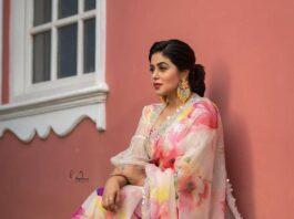 Poorna in brand mandir saree for dhee kings-1