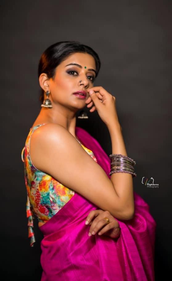 Priya Mani in pink saree by dithya sai fashions for dhee kings-1