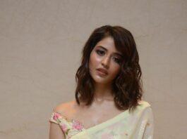 Priyanka Jawalkar in a cream saree at Thimmarusu pre-release event-4