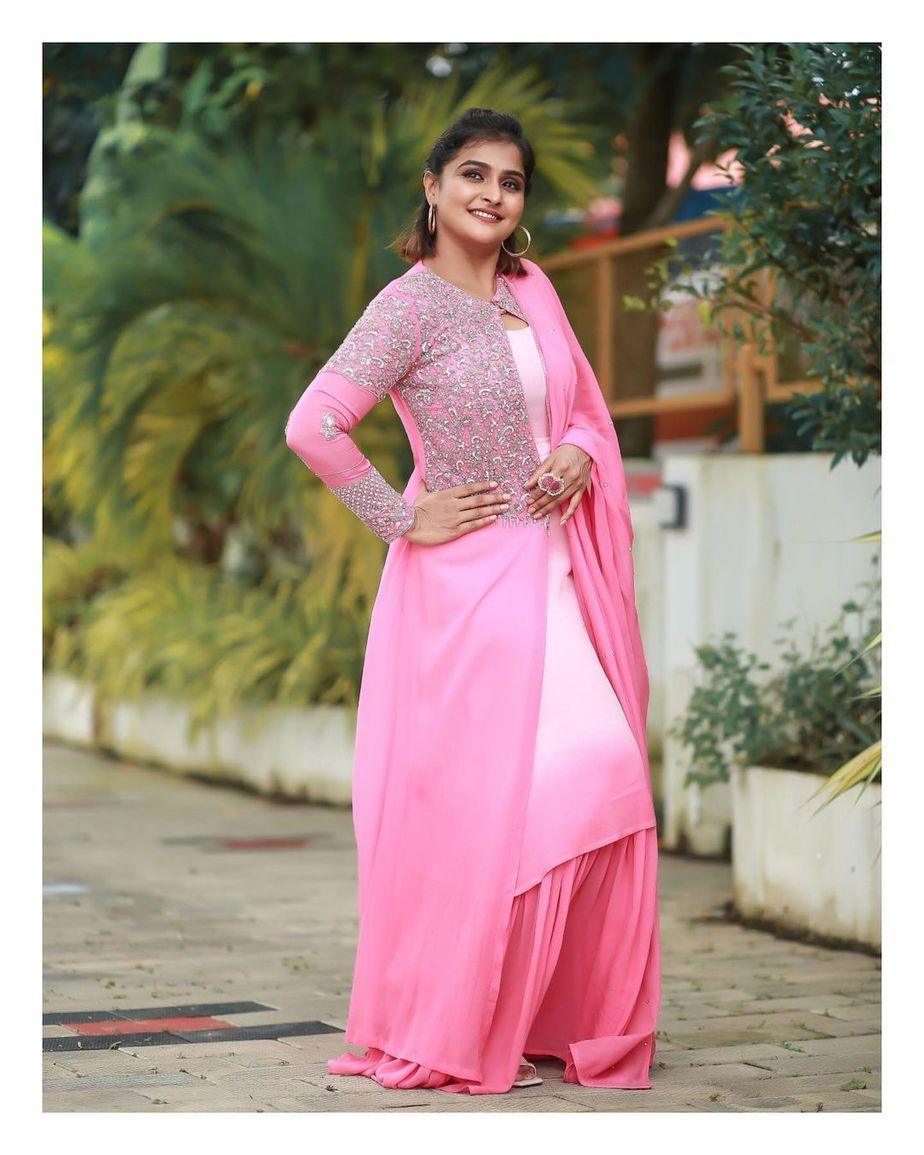 Ramya Nambessan in pink skirt set by Shero designer-4