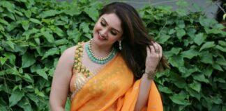 Sridevi Vijaykumar in a orange saree by brand mandir for Comedy stars-2 (1)