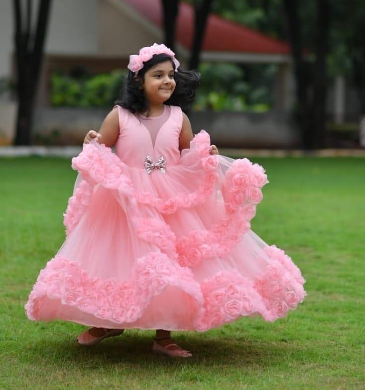 Sridevi vijaykumar's daughter in pink gown by Samta and shruti for her birthday-1