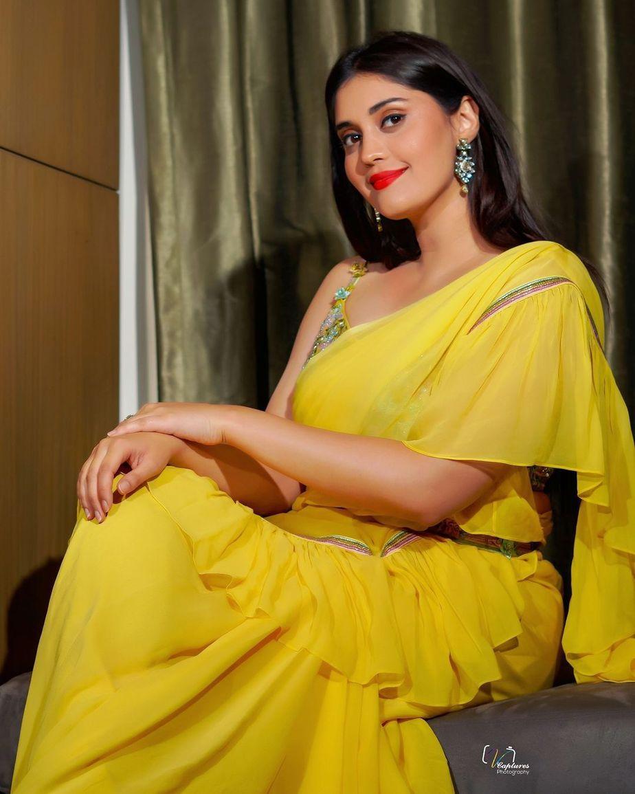 Surbhi Puranik in yellow saree by Priya Machineni