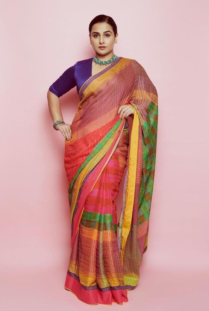 Vidya Balan in a Ritu Kumar saree for Sherni promotions-2