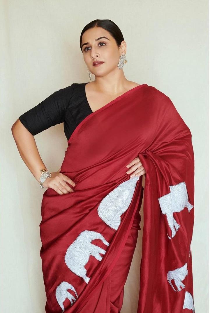 Vidya Balan in a red saree by Rouka for Sherni -3