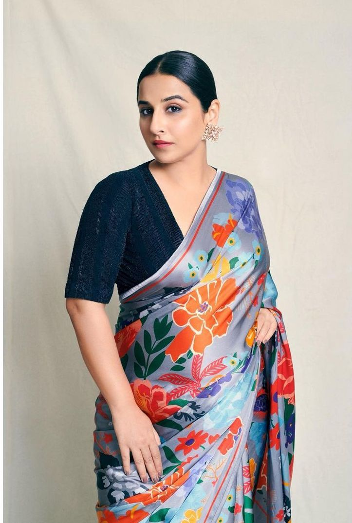 Vidya balan in a grey saree by kshitij jalori for sherni promotions-1
