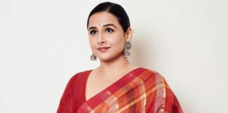 Vidya balan in red checkered saree by anavila for sherni promotions-2