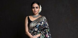 Amruta Khanvilkar in a black benrasi saree by Warp n weft-1