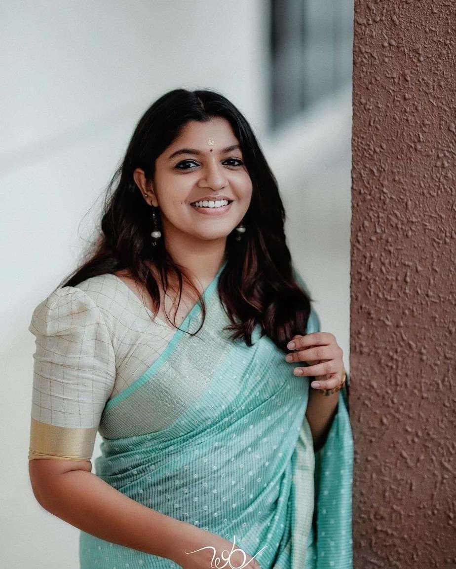 Aparna Balamurali in a baby blue saree by anika weaves-3