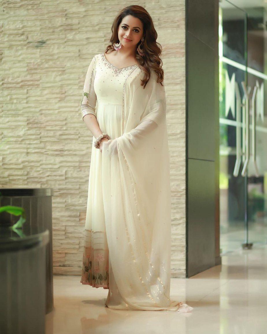Bhavana menon in a white anarkali by milan design-2