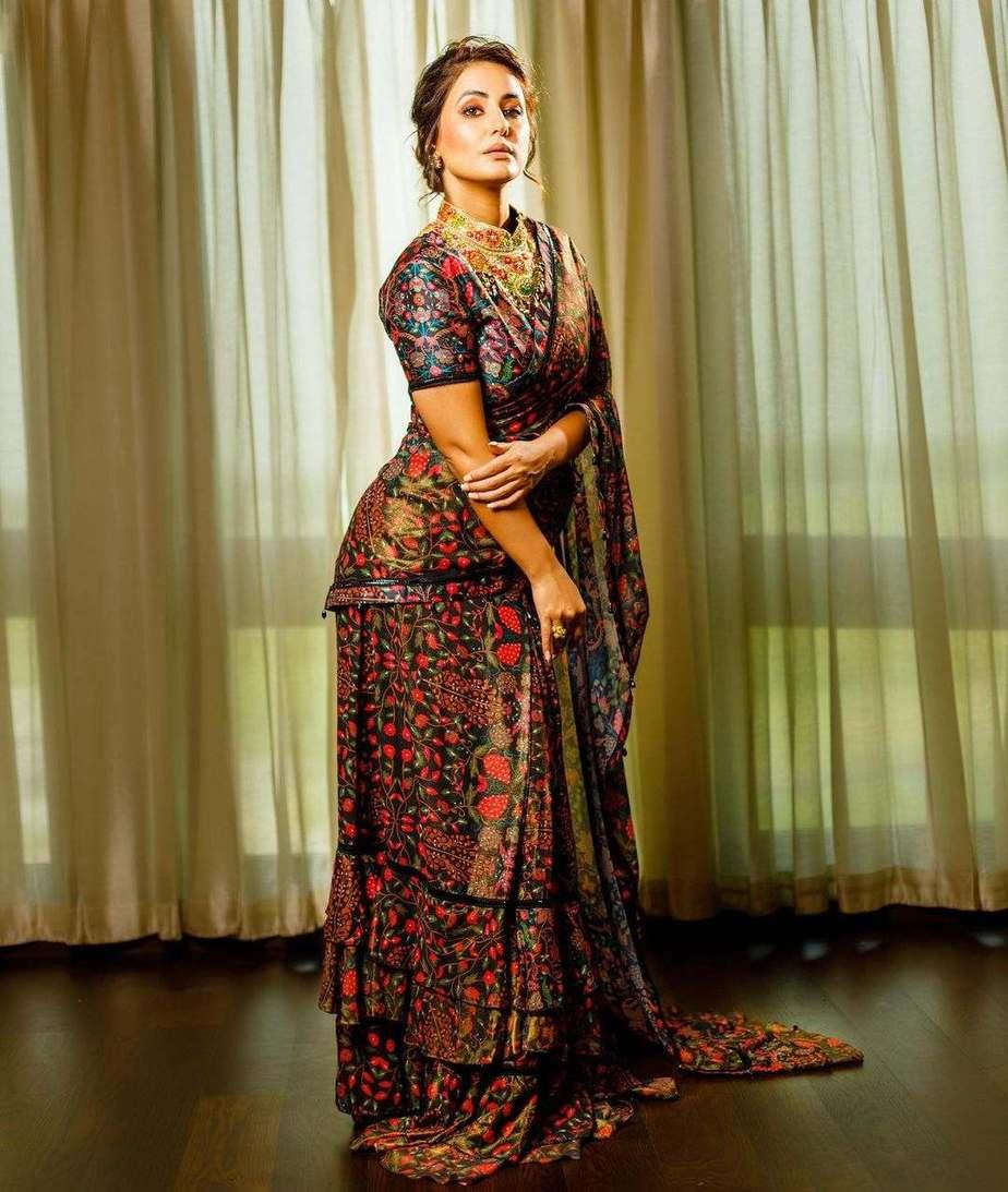 Hina Khan in a black ruffle saree by Rabani and Rakha