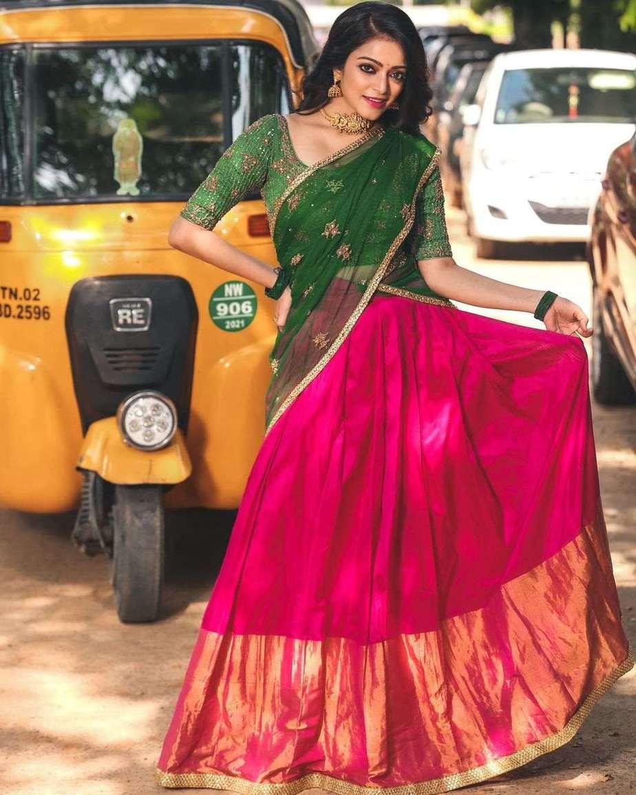Janani iyer in pink green half saree by anju shankar-2