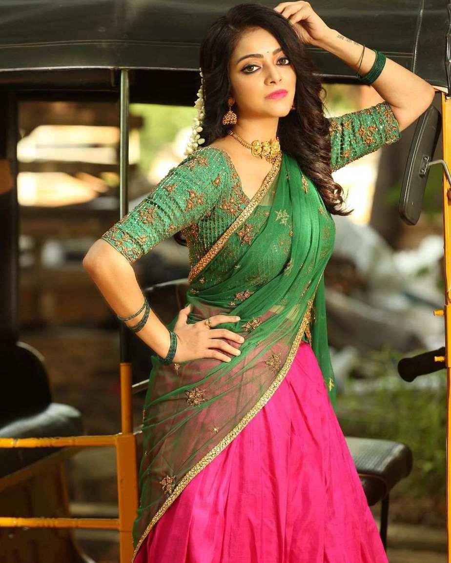 Janani iyer in pink green half saree by anju shankar