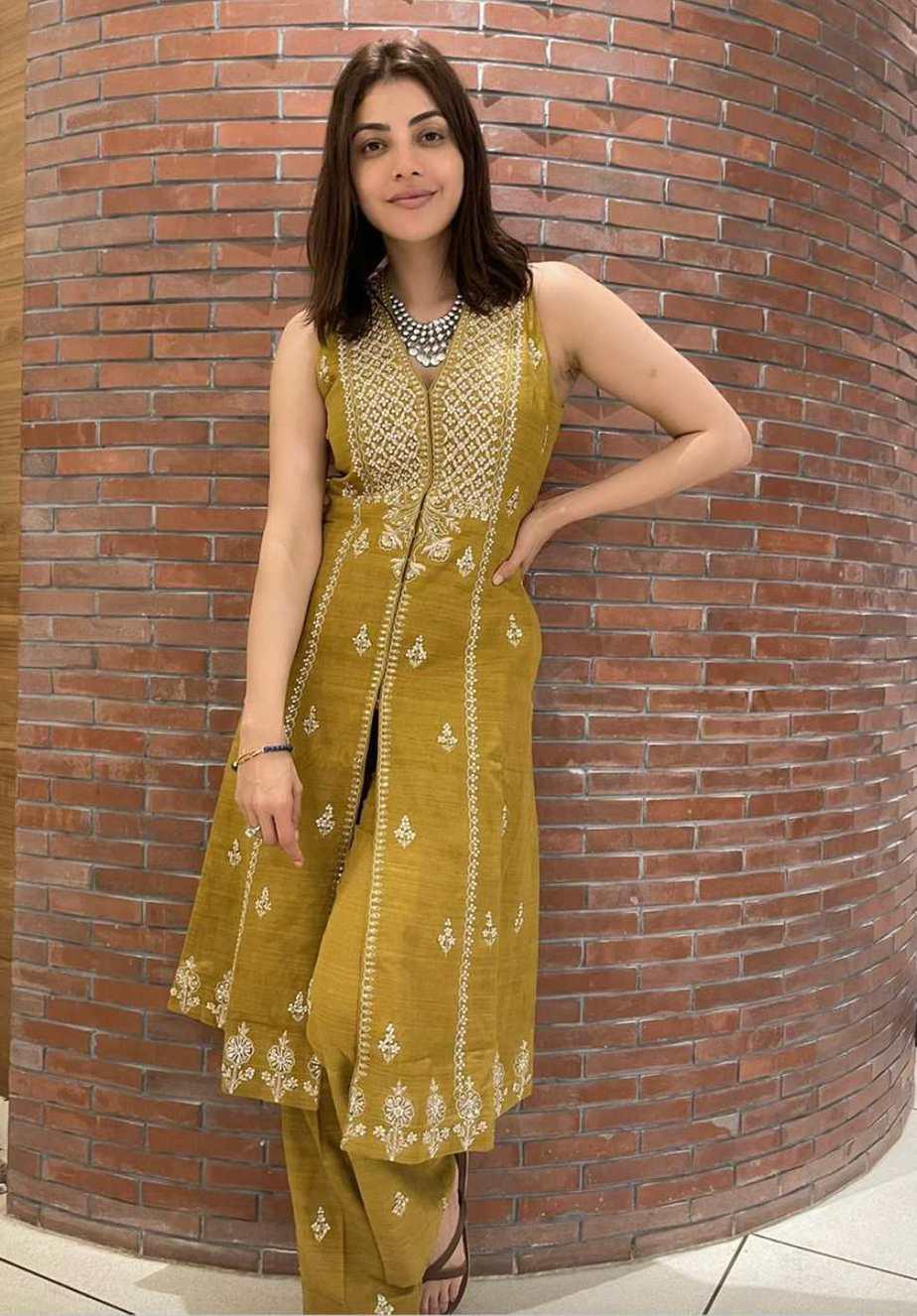 Kajal Aggarwal wearing Anita Dongre and Aprajjita Toor-2