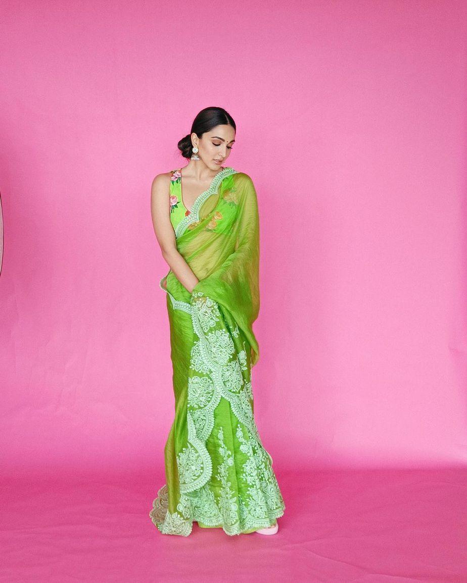 Kiara advani in green saree by Torani for Shershah promotions