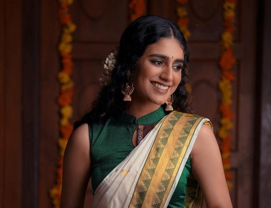 Priya Prakash varrier in a kasavu saree for ajio life-2