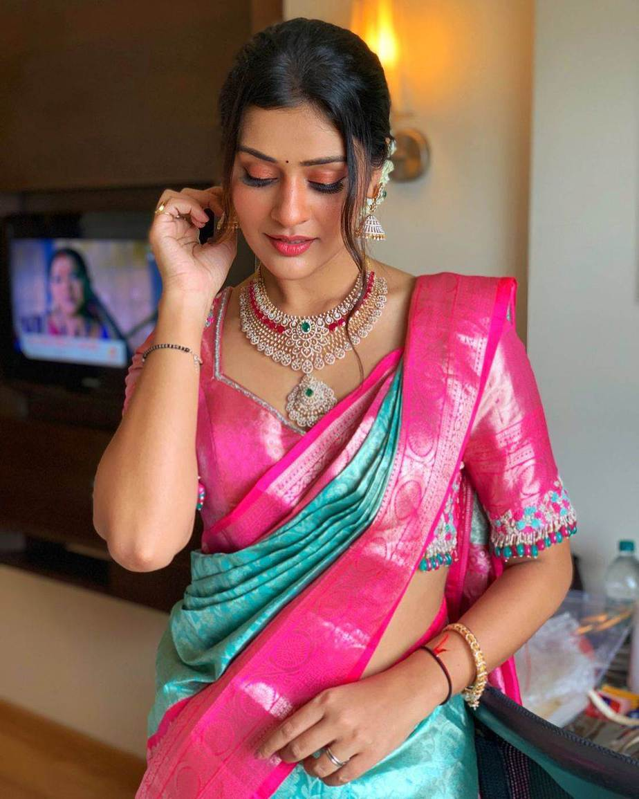 Payal Rajput in a sky blue saree by Vedic weaves for shop opening